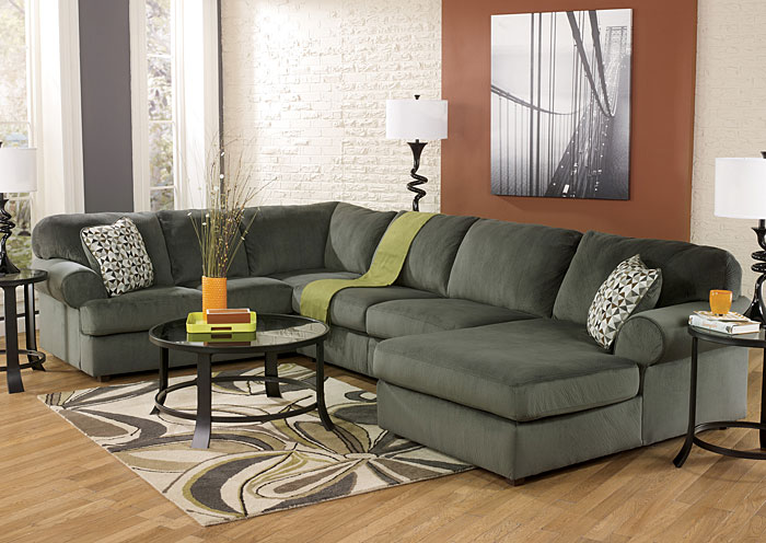 (C) Furnitureaccoutlet.com